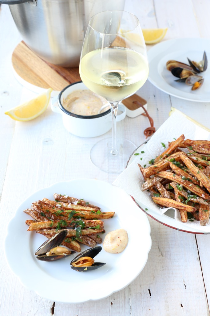 Moules-frites - Miesmuscheln mit Pommes frites