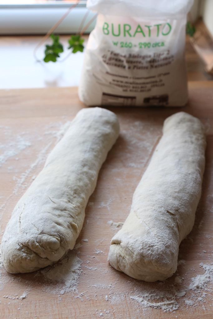 Kartoffelbaguette mit Weizensauerteig