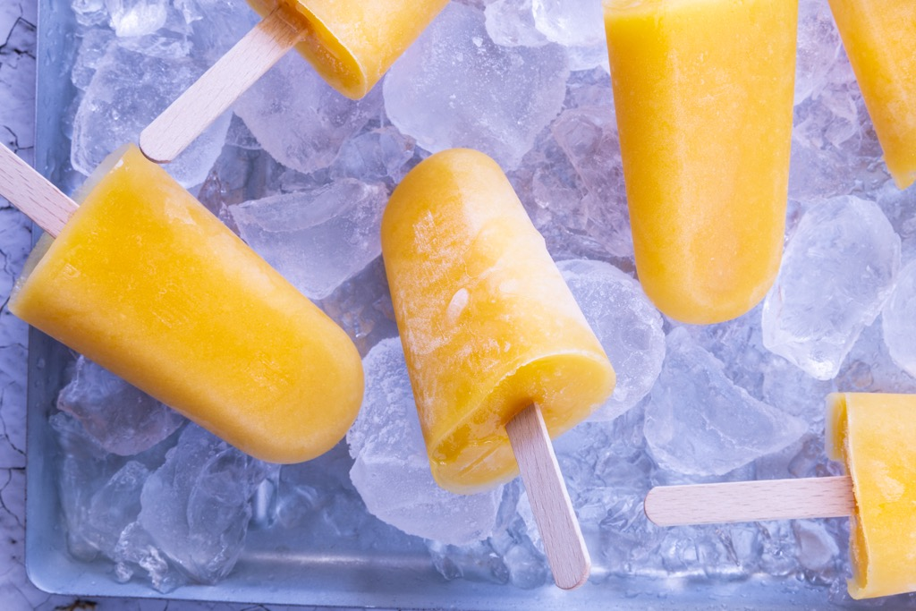 Mango-Eis-am-Stiel-2-zutaten