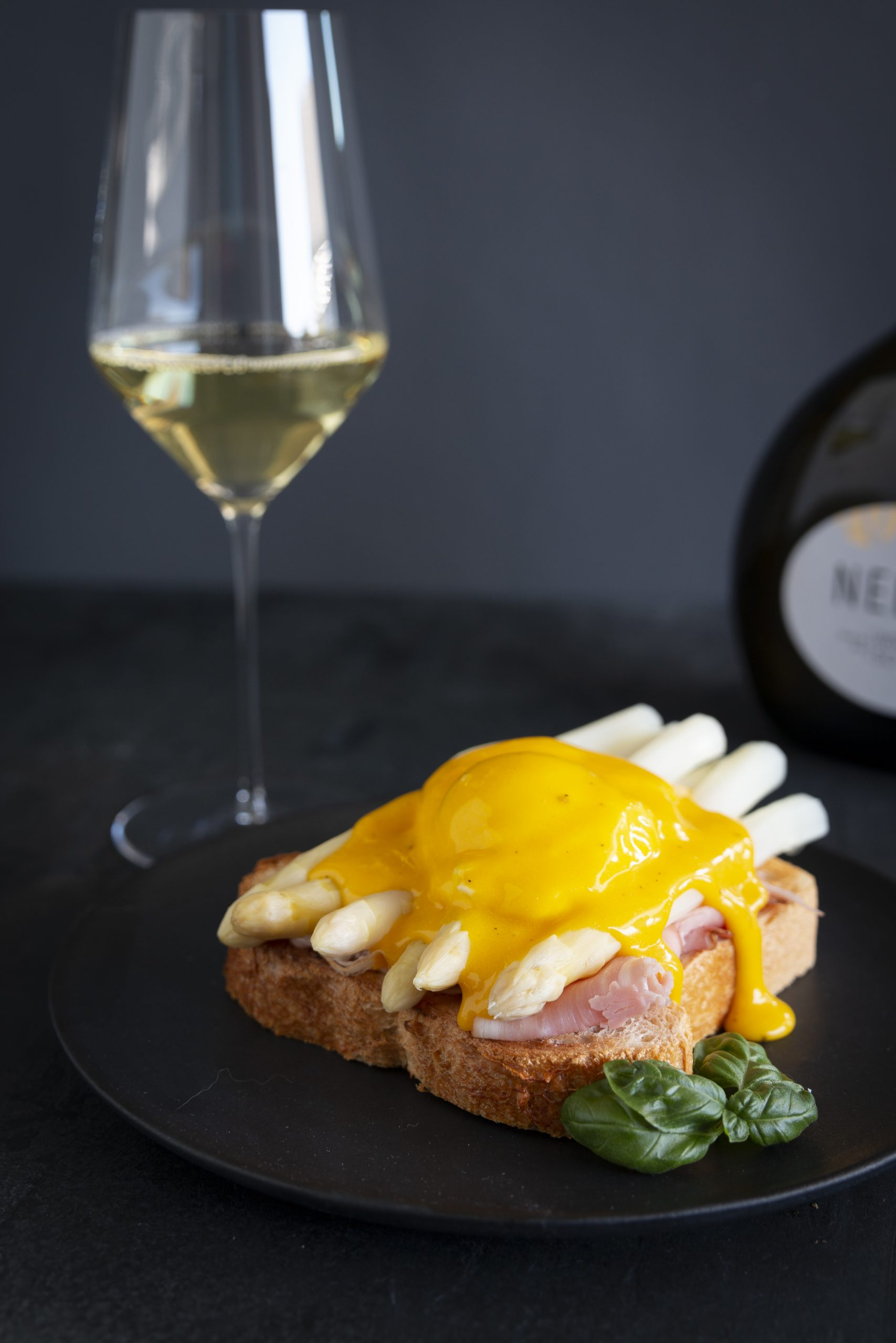 Eggs_Benedict_Silvaner_Franken